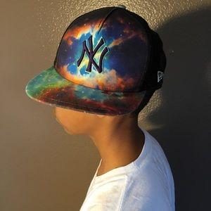 New York Yankees Galaxy SnapBack